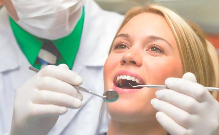 wortelkanaal-behandeling-aanmelden-fokkerstraat-mondzorgpraktijk-tandarts-orthodontie-spoeddienst-assen-bellen-afspraak-gewoon-gaaf-page-title-bg